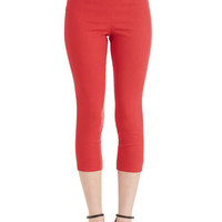 ModCloth Rockabilly Cropped Jive Got a Feeling Pants in Red