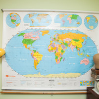 Vintage 90's Nystrom World USA Pulldown Map Kids Room