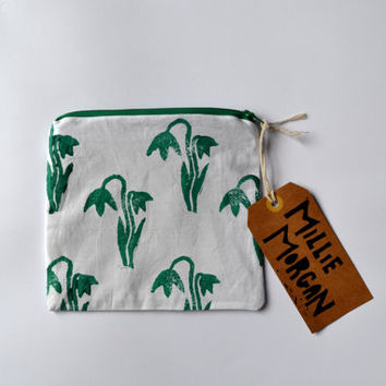 Hand printed hand made zip purse / zip pouch / coin purse / clutch / Block printed spring snowdrop design