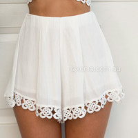 Steal The Show Short