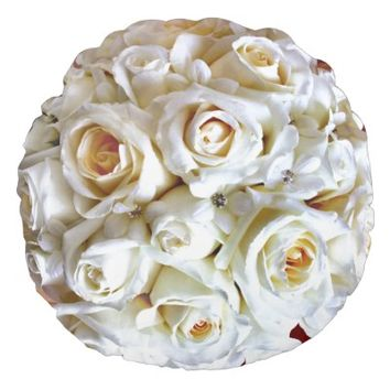 White Wedding Bridal Roses Round Throw Pillow