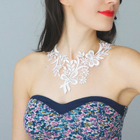 COLLAR // Atolia / Handmade White Lace Collar Necklace Applique Blouse Accessories Peter Pan Collar Pearl Venise Lace Gold