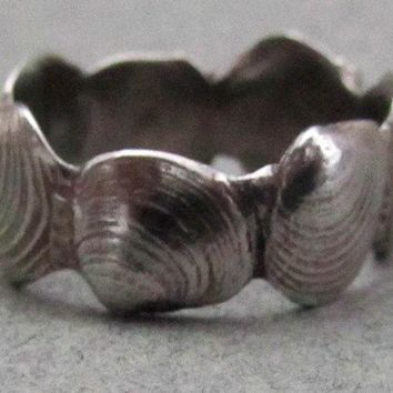 Clam Shell Ring size 7 by bejewelmaine on Etsy