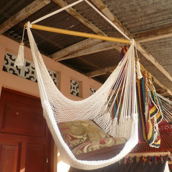 Beige Sitting Hammock, Hanging Chair Natural Cotton and Wood
