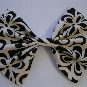 Big Ivory and Black hair bow for teens and women, big hair bow, fabric bow, cotton fabric hair bow, teens, women