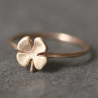 Small Four Leaf Clover Ring in 14K Gold by michellechangjewelry