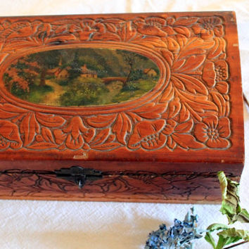 Vintage Jewelry Box by hilltopcottage on Etsy