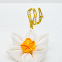 Daffodil Necklace - Flower Jewelry - March Birth Flower - Daffodil Jewelry - Spring Jewelry - Flower Necklace - Floral Pendant Necklace