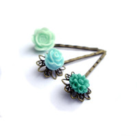 Resin flower jewelry Hair pins teal green turquoise by JPwithLove