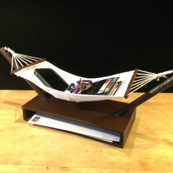 Hammock Valet - A relaxing catch all