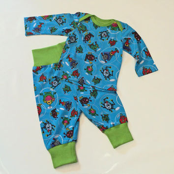 Children Clothing, Newborn boys Shirt, Baby boys Pants, Coming home Outfit, NB boys outfit, European Handmade, Ready to ship