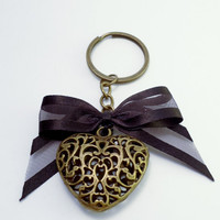 Antique Bronze Heart & Bow Key Chain