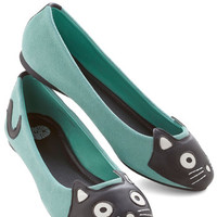 ModCloth Kawaii Up Your Alley Cat Flat in Mint