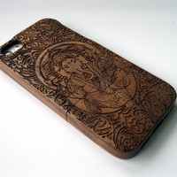 Wooden iphone 5 case, iphone 5s case, 100% walnut wood with engraved Ganesh design, iphone cover, unique gift