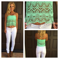 Renaissance Crochet Tube Top - MINT