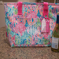 Lilly Pulitzer lets Cha Cha Insulated cooler Tote monogrammed