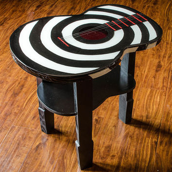 Bullseye guitar accent table