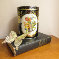 Vintage Daher English Cookie Tin Container Cookie Jar Made in England Floral Black