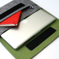 """13"""" inch Apple Macbook Pro laptop Organizer Case Cover - Gray & Olive Green Weird.Old.Snail"""