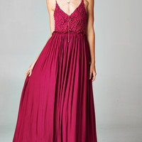 BLOSSOMING CROCHETED BACKLESS MAXI DRESS - WINE