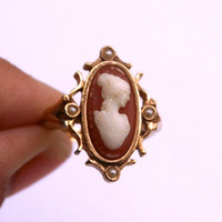 Vintage Cameo Ring Adjustable to Size 5 1/2