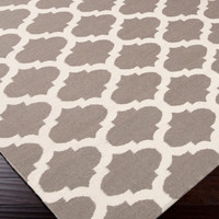 Surya Frontier Taupe/White Rug