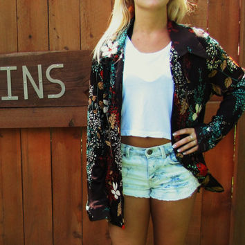 retro 70s JC Penney floral polyester button down shirt. pointed collar. hipster polyester shirt