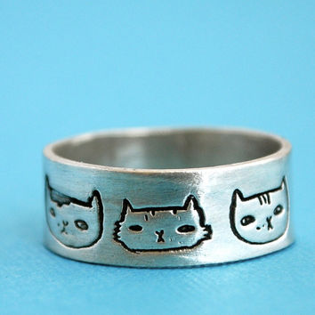 CAT HEADS silver wide ring, illustrated by Gemma Correll, handcrafted by Chocolate and Steel, eco-friendly (large)