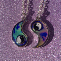 Yin Yang Mood Changing Friendship Necklaces
