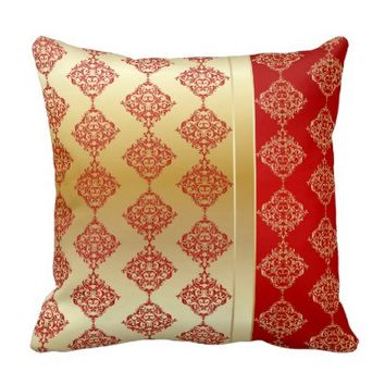 Elegant Gold and Red Damask Design Throw Pillow