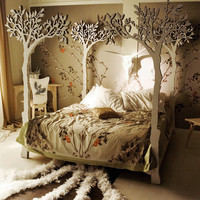 Under the apple tree canopy bed