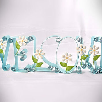 """Sign """"Welcome """" - Vintage Metal Sculpture,  Word with Daisy Flowers"""