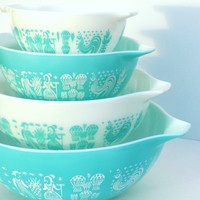 Pyrex Cinderella Nesting Mixing Bowls in Turquoise Butterprint- Complete Set of 4