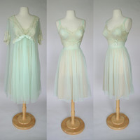 1950's shadowline peignoir and robe, lace and sheer chiffon negligee, seafoam green night gown, small to medium lingerie, wedding lingerie