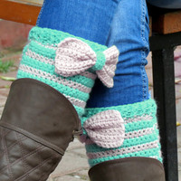 Short Knit Boot Cuffs with bow vanilla mint. Short Leg Warmers. Crochet Boot Cuffs. Bow boot cuffs. Bow Accessory