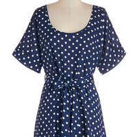 ModCloth Long Short Sleeves Cover-up Medium Format Memory Tunic in Navy Dots