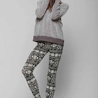 Truly Madly Deeply Quest Legging- Black & White