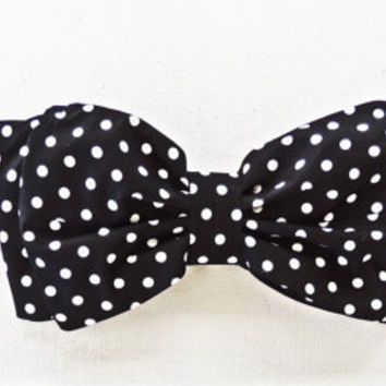 Black and White Polka Dot Bow Bandeau Bikini Style Top Only. Vintage Inspired Bikini.Diva Halter neck top pin up