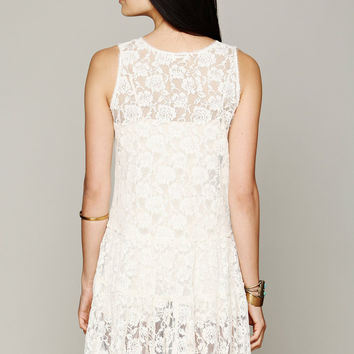 Lace Sleeveless Dress in White