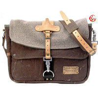 Canvas Messenger Bag // Upcycled and Handmade by peace4you - Model paul-2090