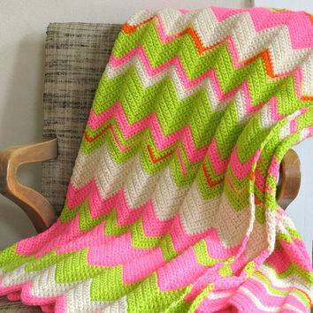 Psychedelic Zigzag Afghan Wool Neon Pink Lime Green White Ripple Blanket