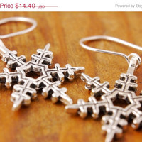 SALE - Snowflake Earring - black friday, christmas, holiday sale, winter earring, charm earring, cyber monday
