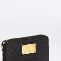 Women's MARC BY MARC JACOBS 'Classic Q - Wingman' Phone Wallet - Black