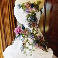 RESERVED for SAGEN Victorian Wedding Dress Train White Multicolor Lace Roses Embroidered Appliques Down Payment