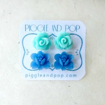 Mint Green Rose and Malibu Blue Lotus Flower Stud Earring Set.