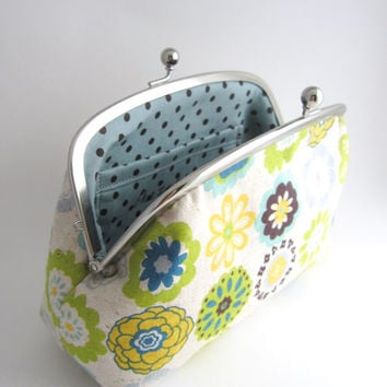 Large cosmetic pouch- flowers on beige