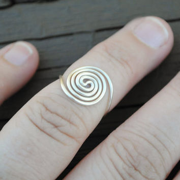Toe or Knuckle Adjustable Wire Wrapped Ring Spiral