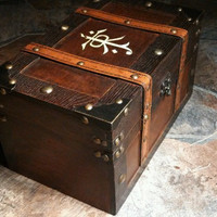Jrr Tolkien inspired Large Keepsake Box Chest - The Hobbit - Lord of the Rings box wood burned