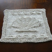 Hand Knit Ivory Scalloped Sea Shell Picture Dish Cloth or Wash Cloth