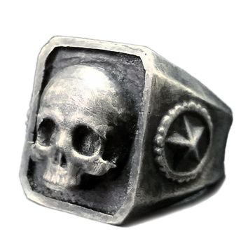 """""""Catacombs Skull"""" Ring by Lor G Jewellery (Silver)"""